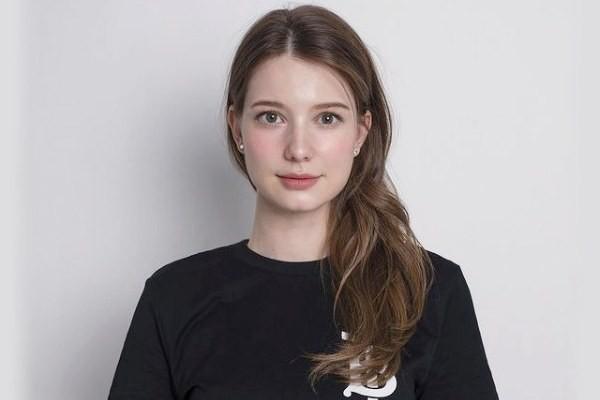 Anastasia Cebulska Biography, Age, Net Worth, Wiki