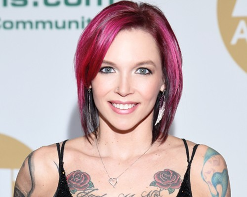 Anna Bell Peaks Biography, Height, Net Worth, Wiki & More