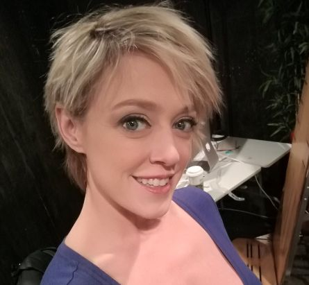 Dee Williams Biography, Age, Height, Family, Wiki & More