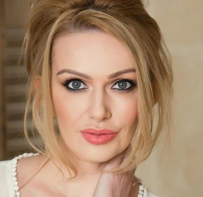 Amber Jayne Biography, Age, Height, Family, Wiki & More