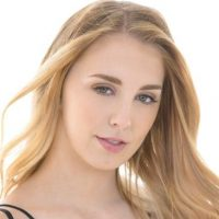 Chloe Scott Biography, Age, Height, Family, Wiki & More